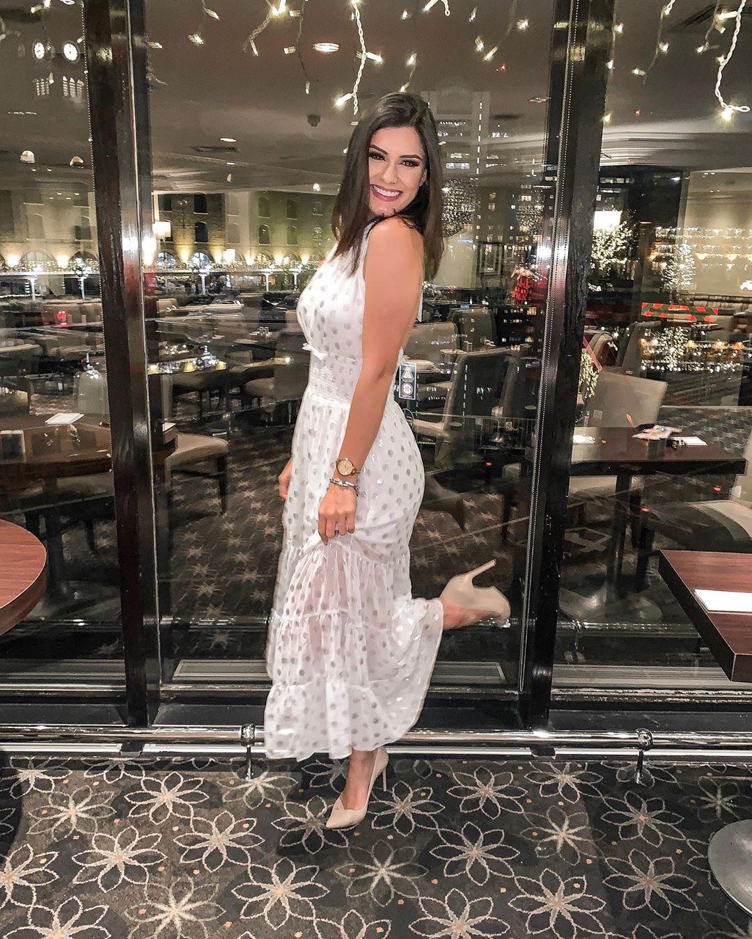 elis miele, top 5 de miss world 2019. - Página 37 Alex-721