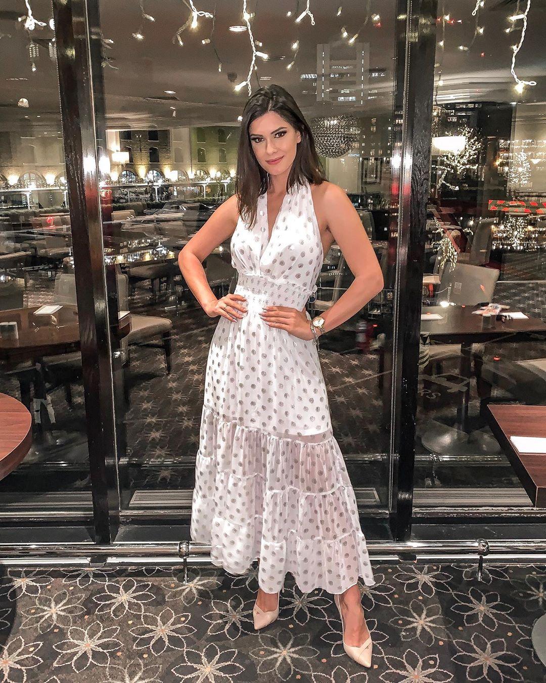 elis miele, top 5 de miss world 2019. - Página 37 Alex-722