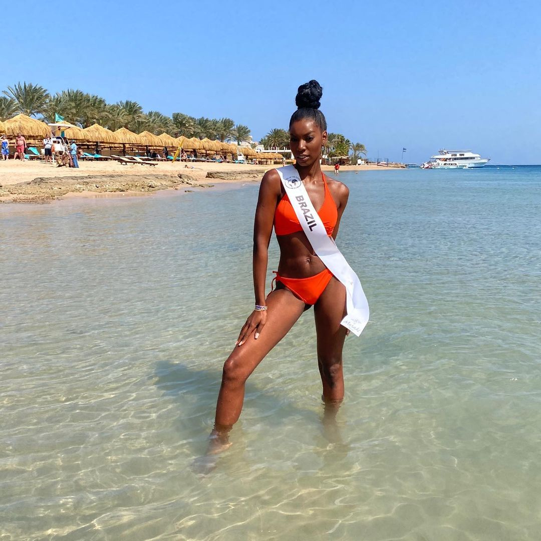 karina azevedo, top 15 de top model of the world 2021. - Página 3 Alex-905