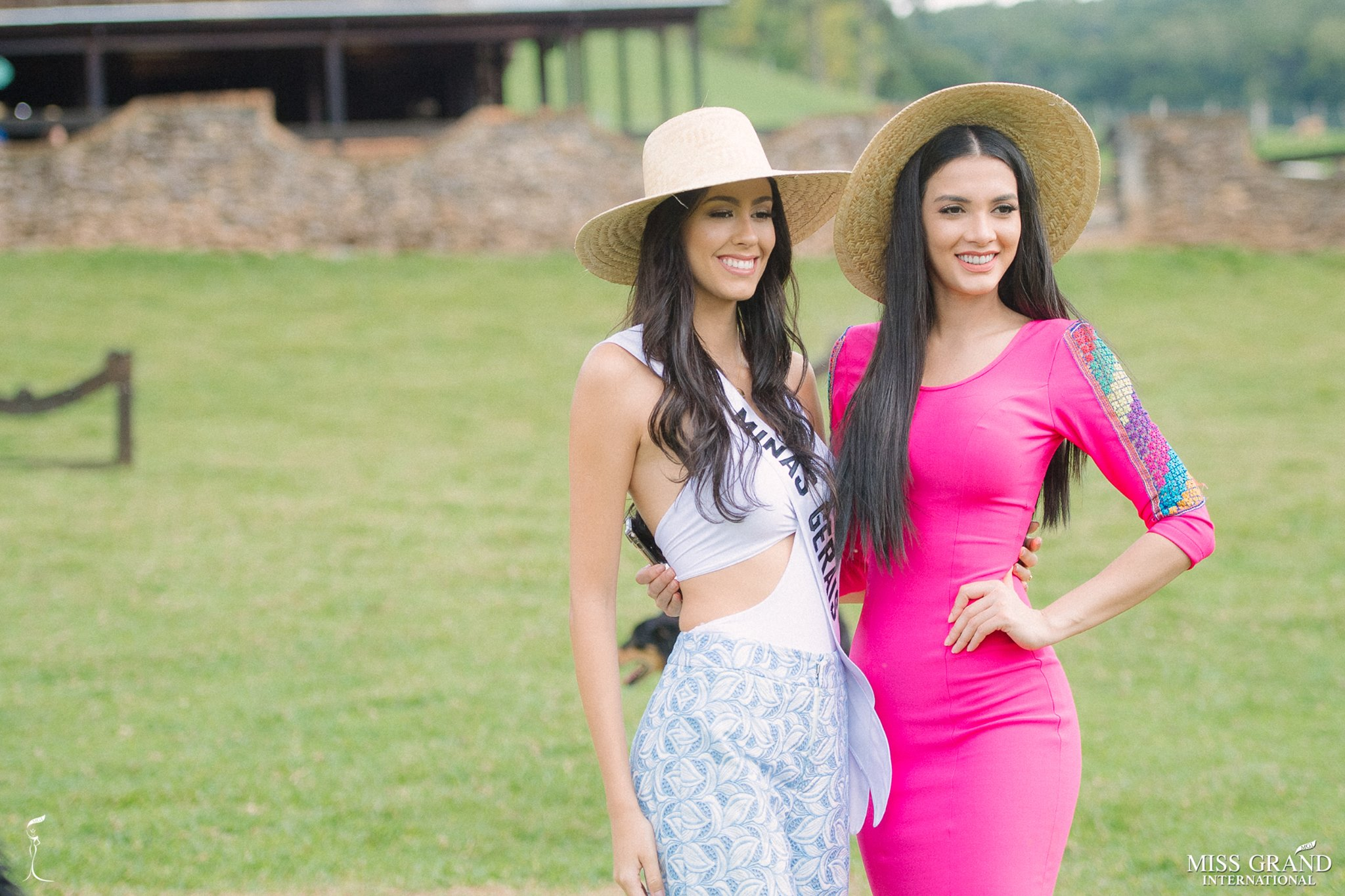 miss grand international 2018 visitando brasil para assistir a final de miss grand brasil 2019. - Página 2 Alex-p60