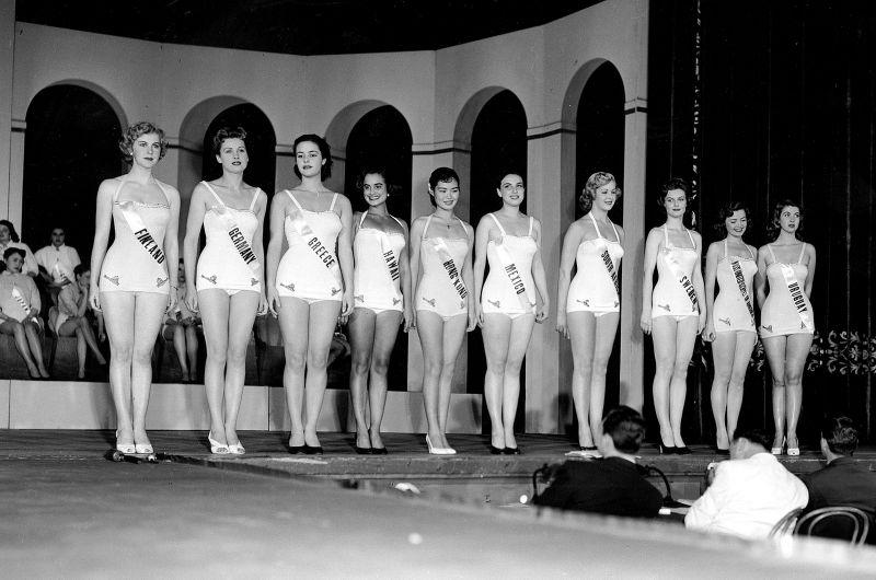 armi kuusela, miss universe 1952. primera mu. - Página 2 Armi2b11