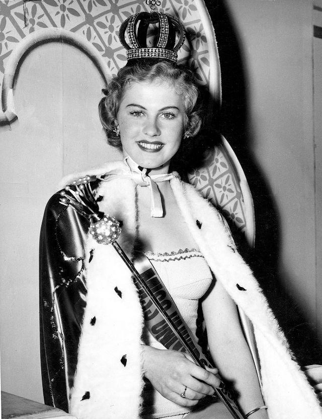 armi kuusela, miss universe 1952. primera mu. Armi2b14