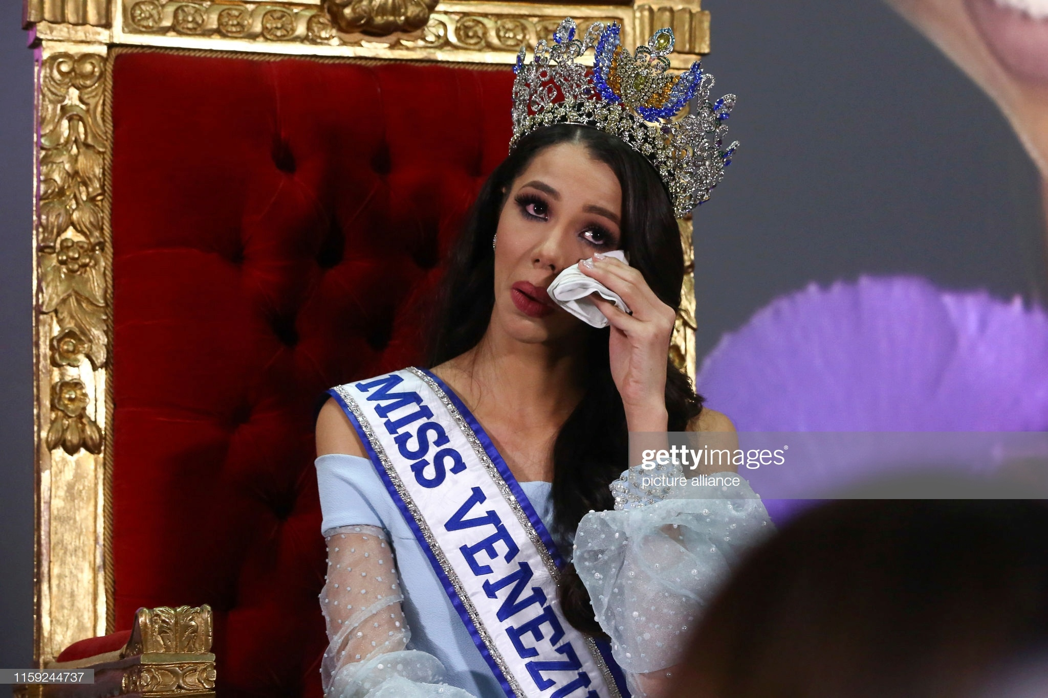thalia olvino, top 20 de miss universe 2019. - Página 15 August10
