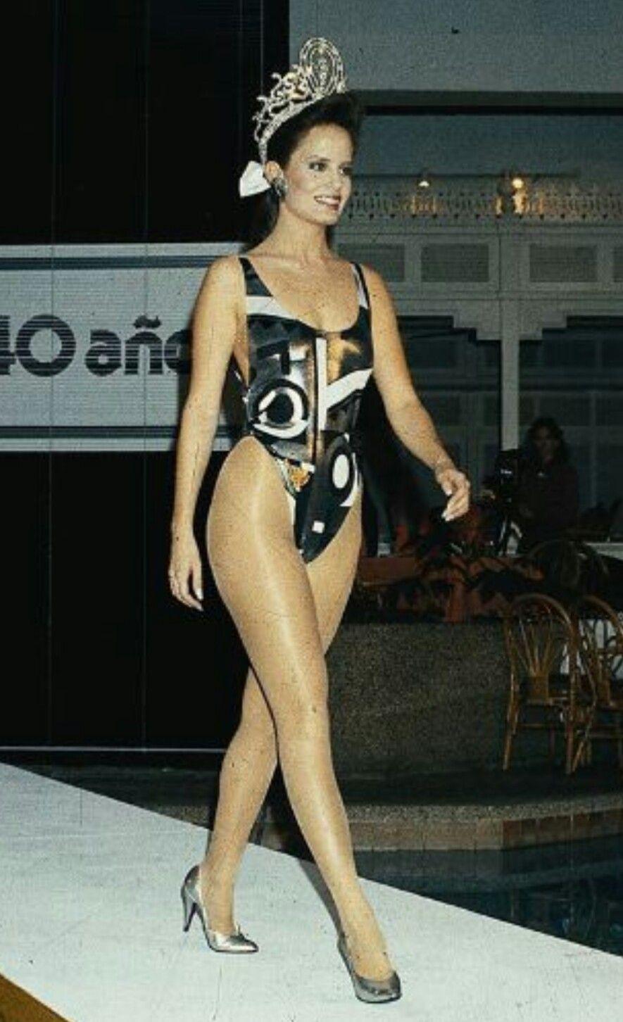 cecilia bolocco, miss universe 1987. - Página 5 Bb2dfa10