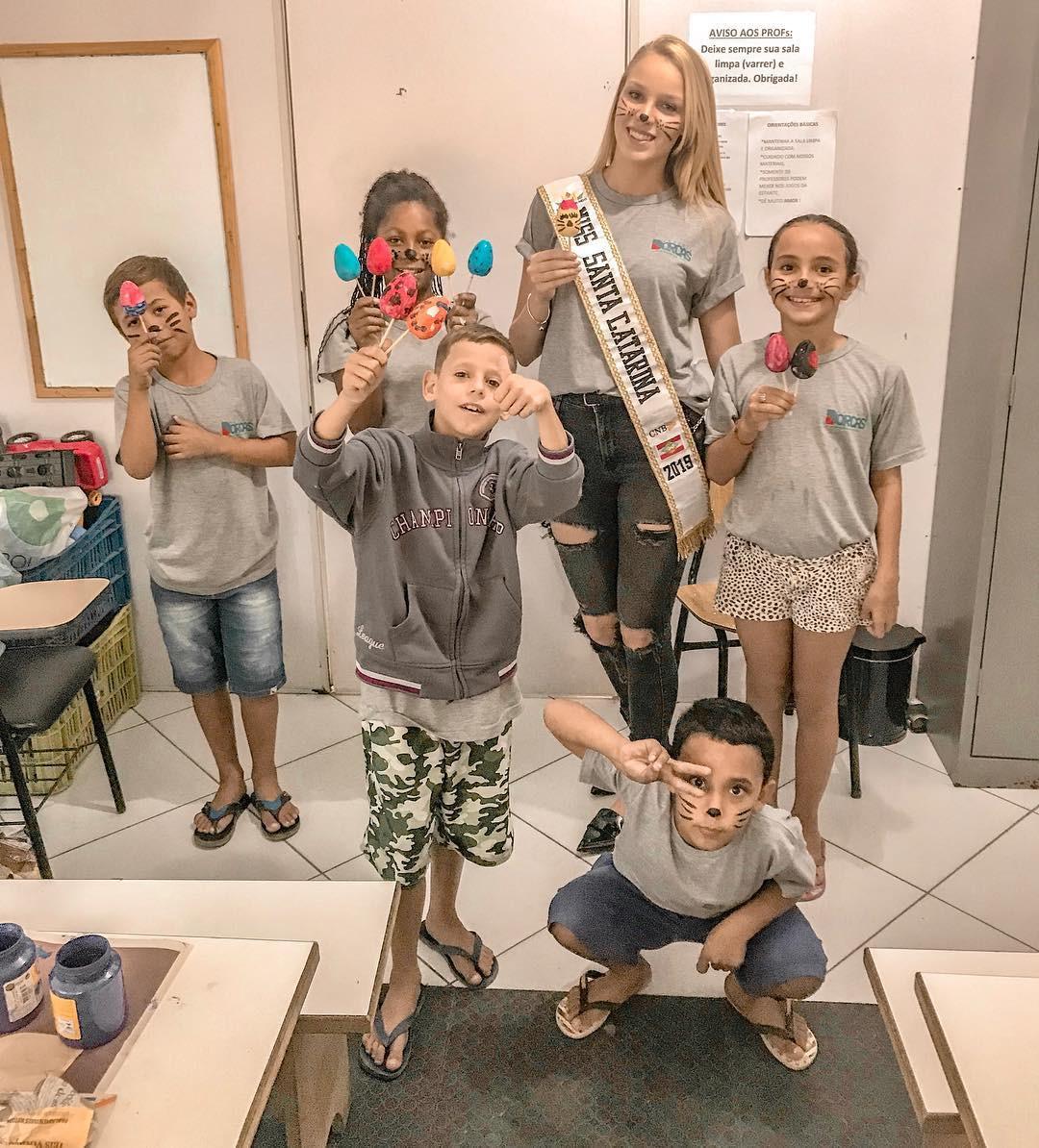 elizama aguilar, top 5 de miss brasil mundo 2019. - Página 3 Bd20zu10