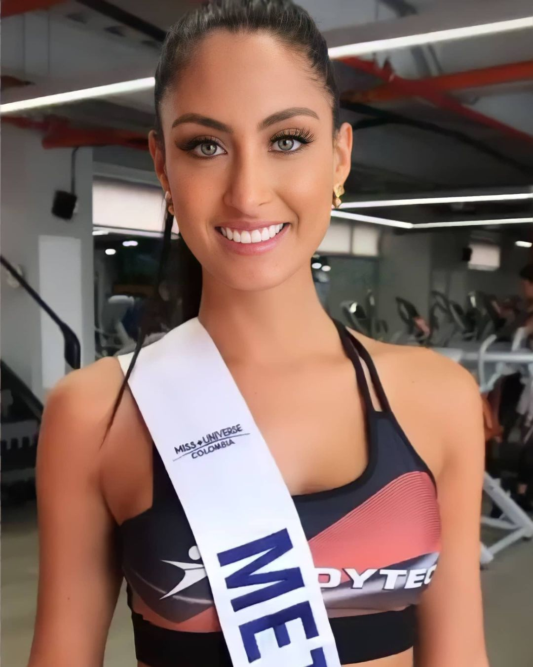 juliana franco, top 16 de miss colombia universo 2020/miss earth water 2017. - Página 22 Beldad10