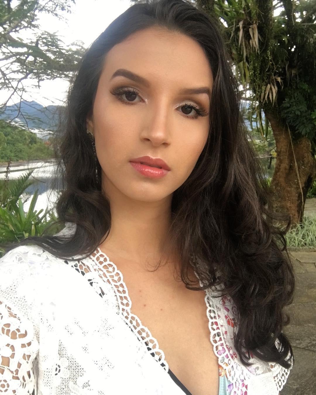 isabella garcia, top 8 de miss brasil mundo 2018/top 20 de miss brasil mundo 2019. - Página 3 Bjegjr10