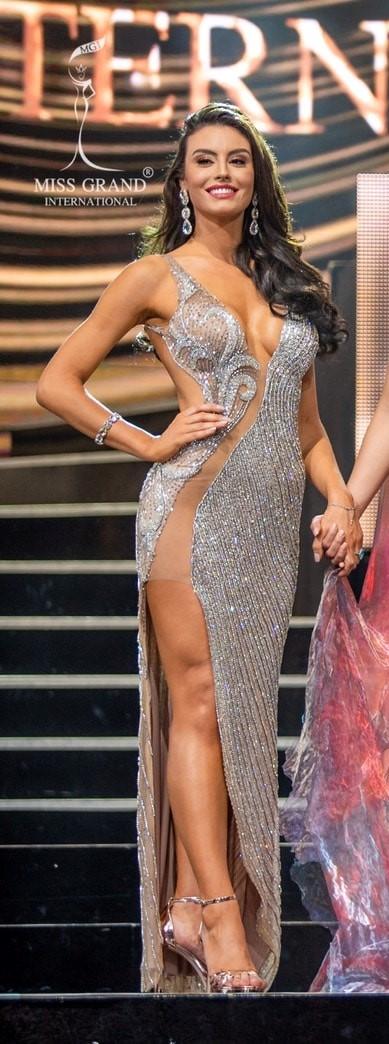 marjorie marcelle, top 5 de miss grand international 2019. - Página 34 Brazil10