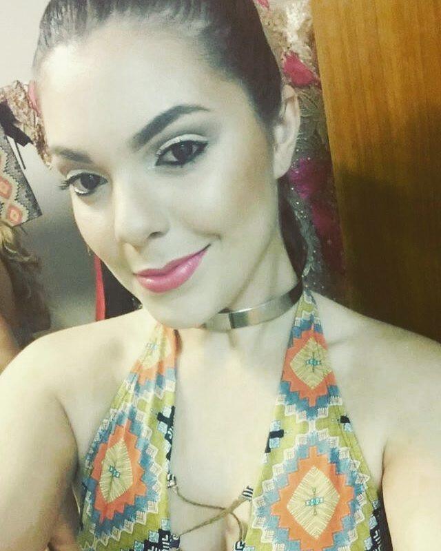 jessica poeta lirio, miss friendship brazil 2021/top 10 de miss tourism queen international 2015. - Página 5 Bz5p8f10