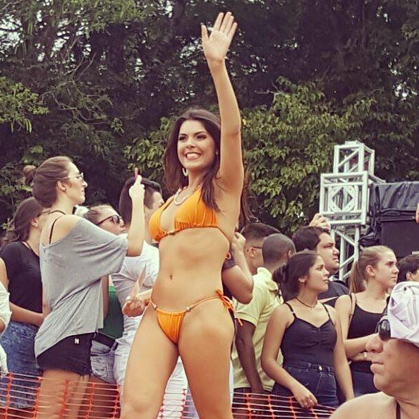 jessica poeta lirio, miss friendship brazil 2021/top 10 de miss tourism queen international 2015. - Página 5 Bz7hua10