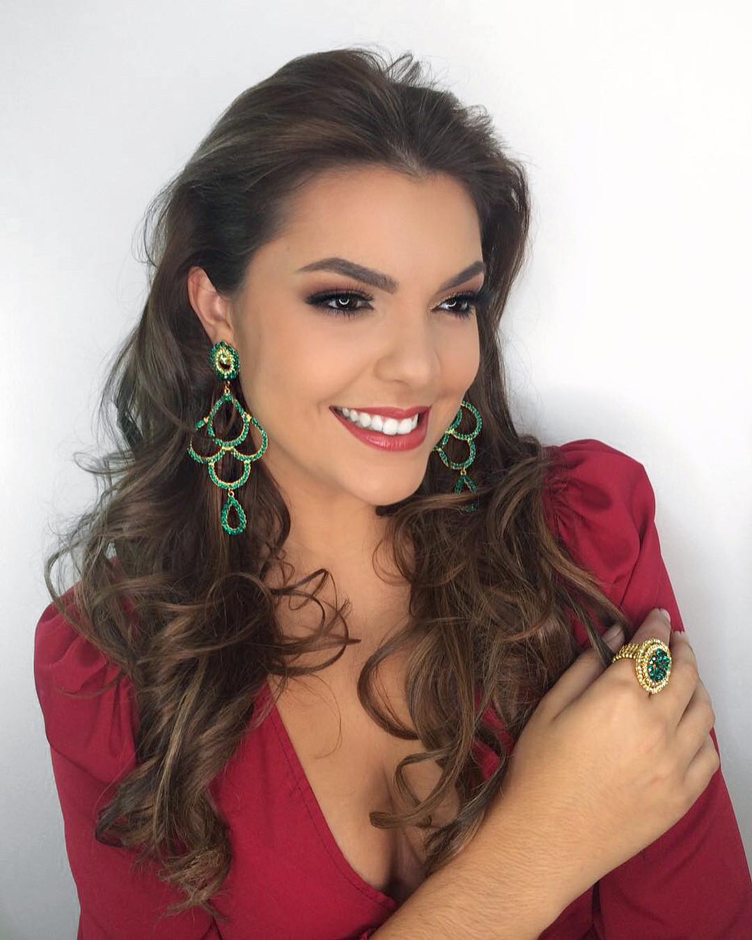 jessica poeta lirio, miss friendship brazil 2021/top 10 de miss tourism queen international 2015. - Página 10 Bzlnqv10