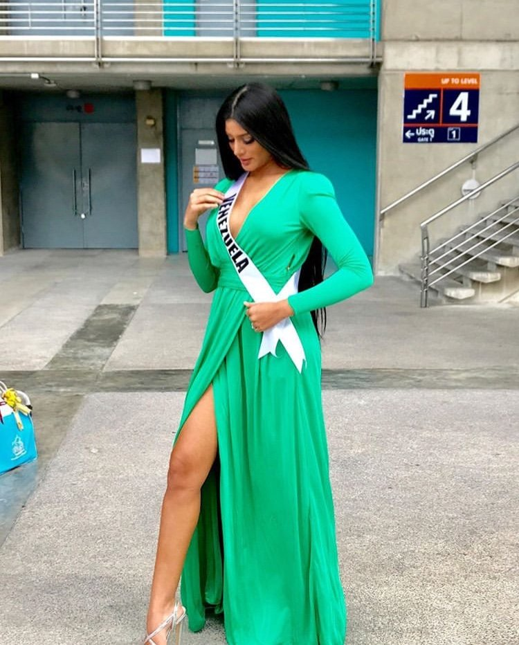 sthefany gutierrez, top 3 de miss universe 2018. - Página 23 Cced6610