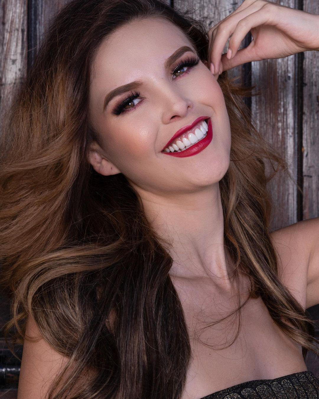ana karen bustos gonzales, miss charm mexico 2020/miss earth mexico 2017. - Página 25 Constr12