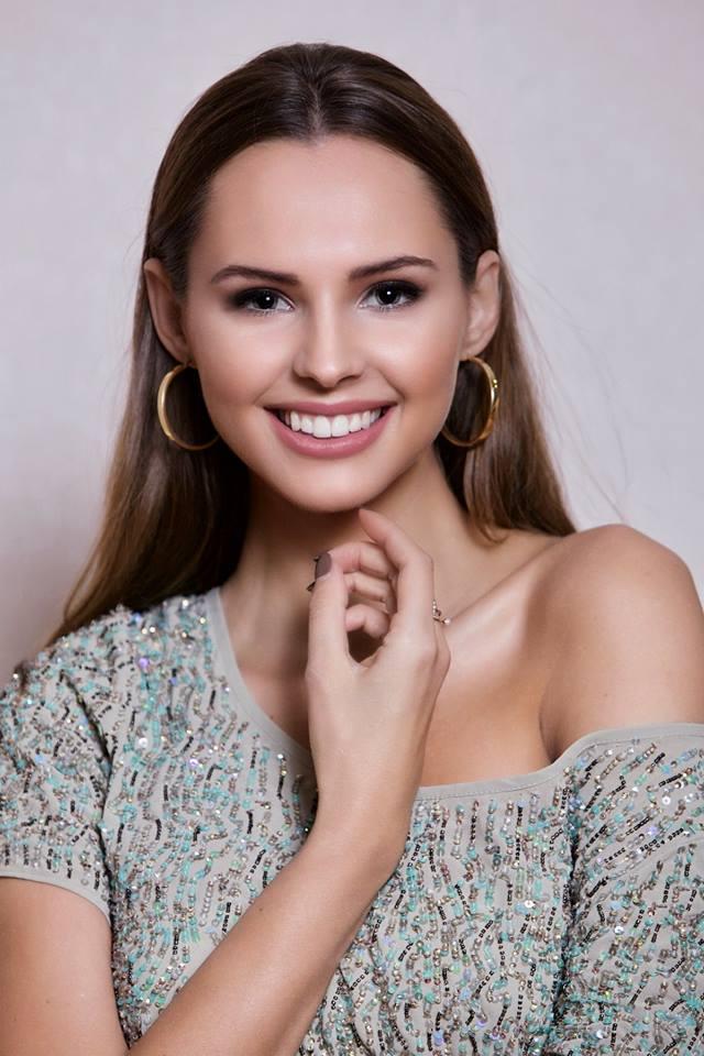 magdalena bienkowska, 2nd runner-up de miss supranational 2018/top 40 de miss world 2017/top 15 de miss international 2016. - Página 25 D4w46m10