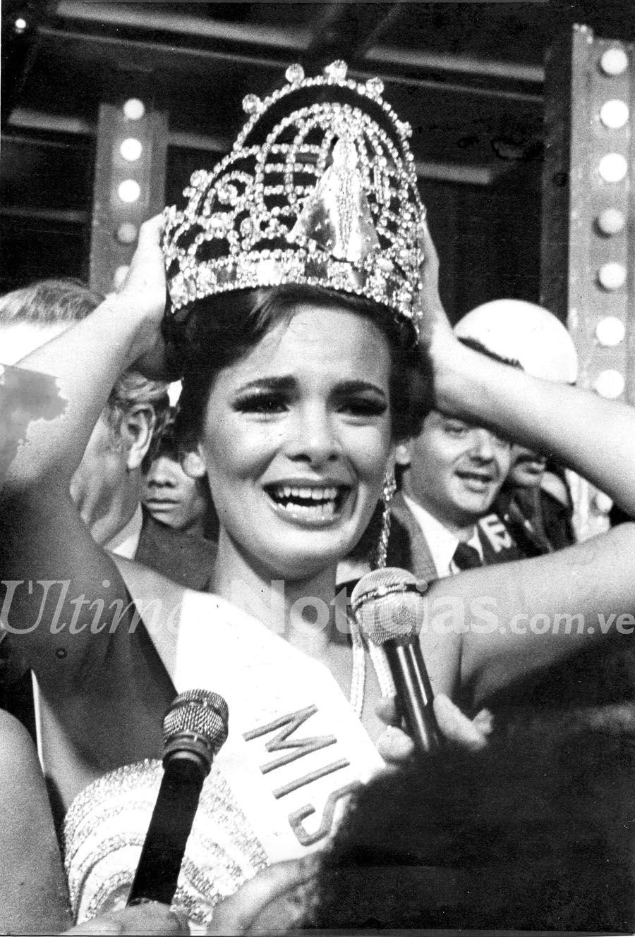 maritza sayalero, miss universe 1979. - Página 4 D9f3f710