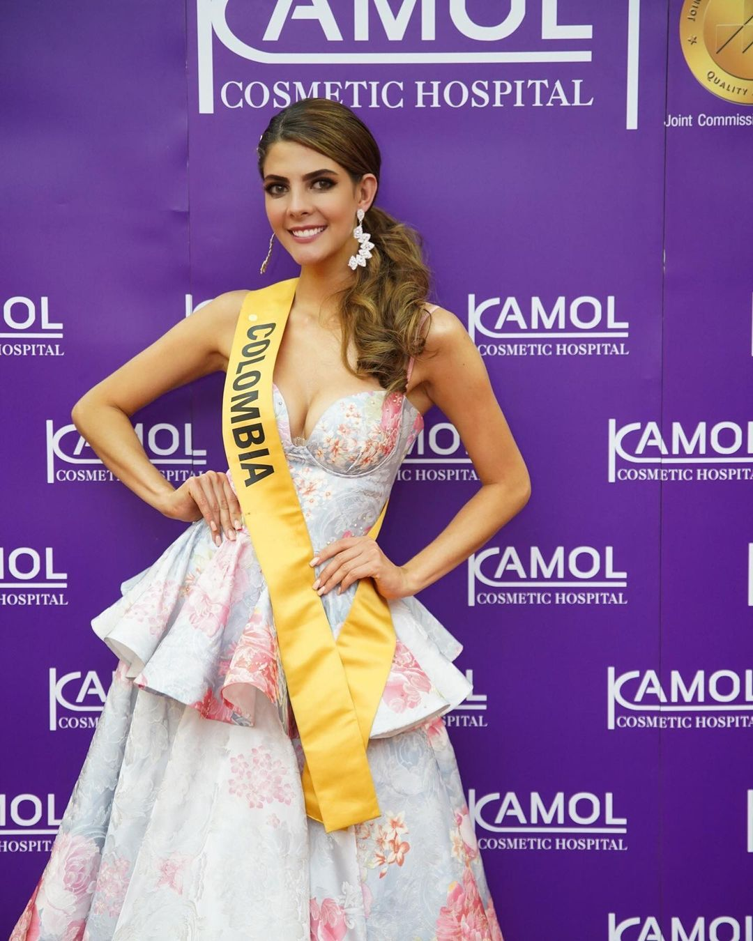 natalia manrique, miss grand colombia 2020. - Página 12 Dc3nt10