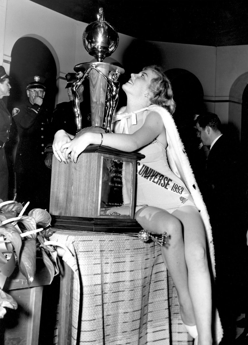 armi kuusela, miss universe 1952. primera mu. Dldua510