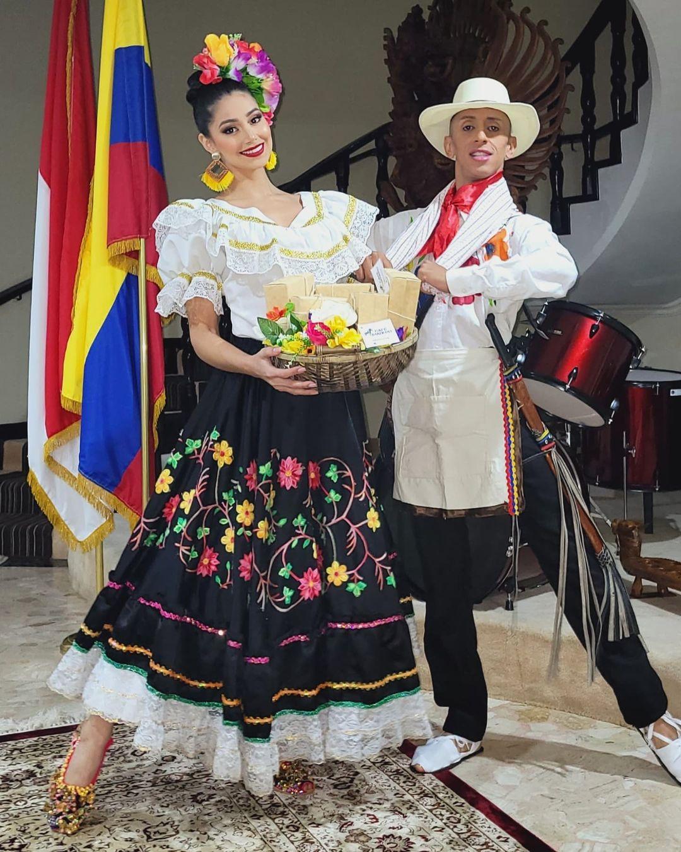 andrea aguilera, miss world colombia 2021. - Página 6 Downl217