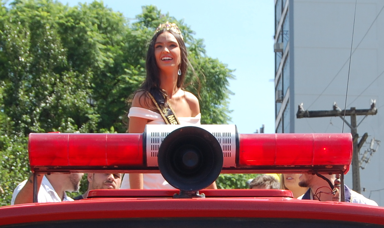 bianca scheren, miss charm brazil 2020. - Página 6 Dsc_0033