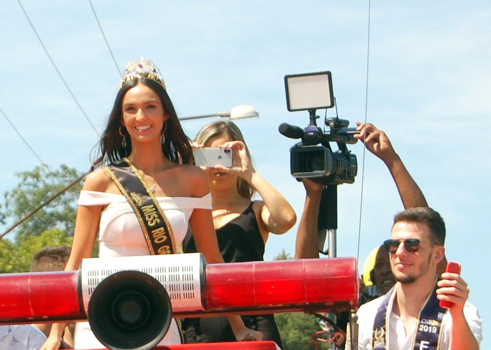 bianca scheren, miss charm brazil 2020. - Página 6 Dsc_0111