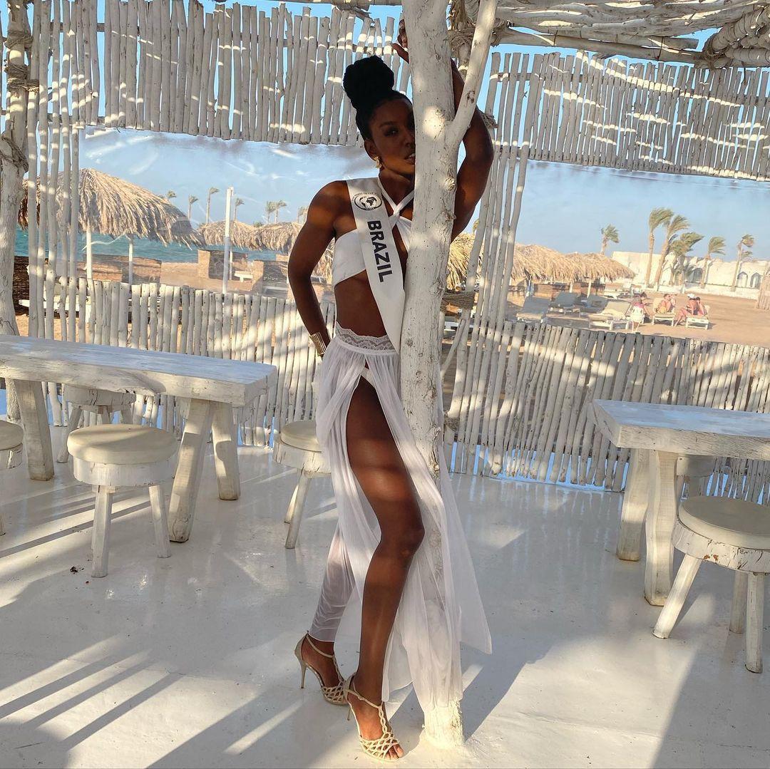 karina azevedo, top 15 de top model of the world 2021. - Página 3 Fdhzlf10