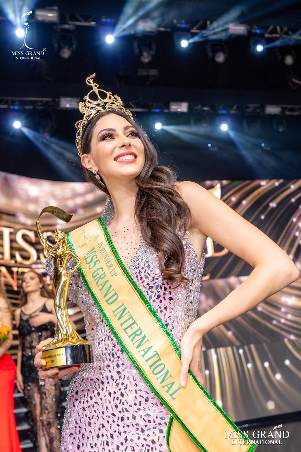 maria malo, 1st runner-up de miss grand international 2019. - Página 18 Fgfwkb10