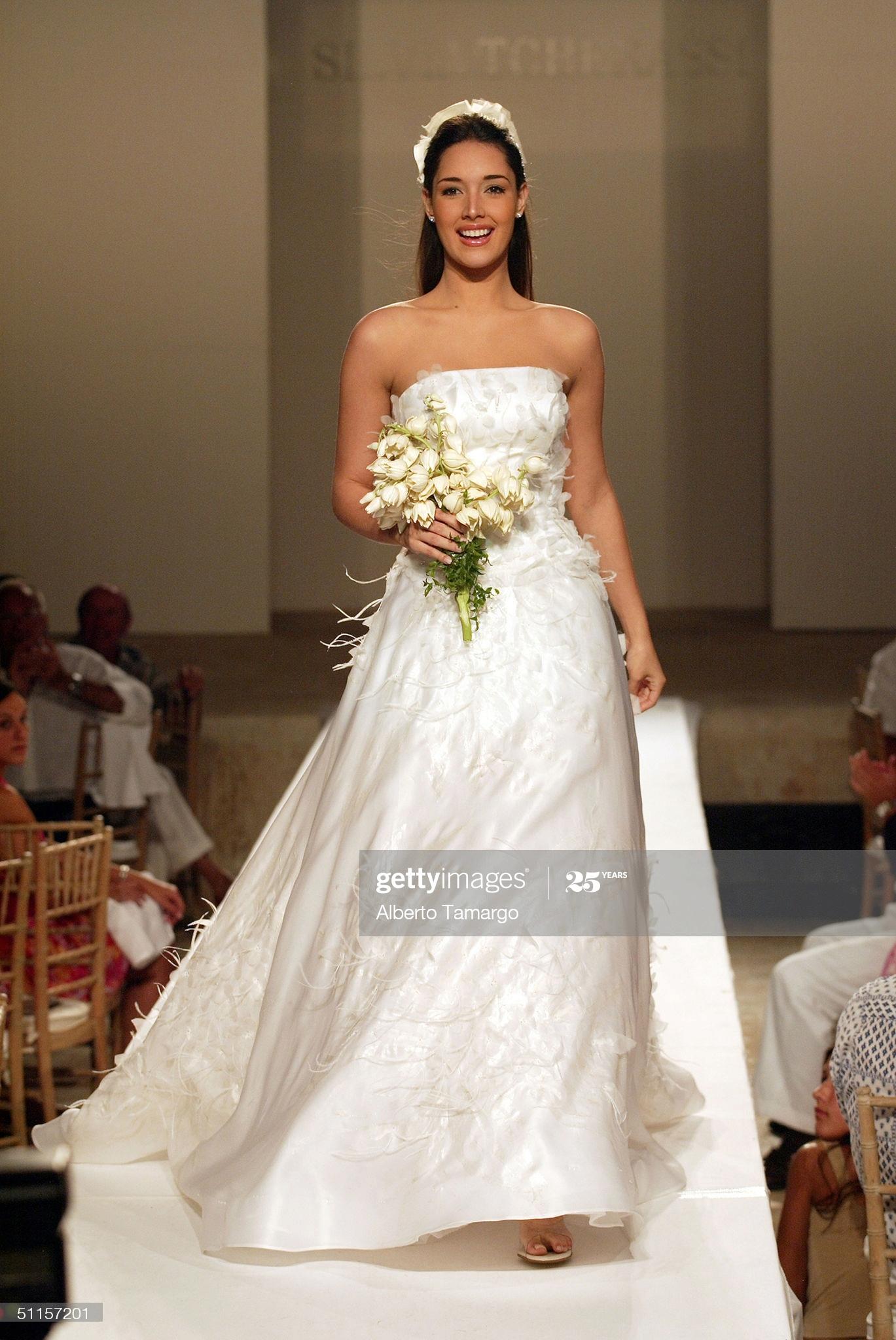 ════ ∘◦❁◦∘ ════ Amelia Vega, Miss Universe 2003. ════ ∘◦❁◦∘ ════ - Página 13 Former12