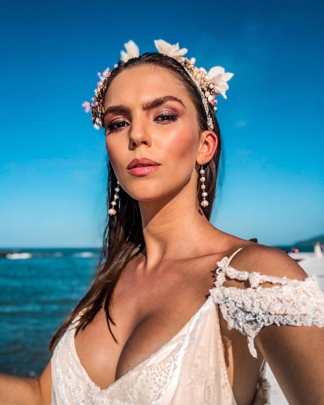 ana flavia giacomini, miss ilha dos lobos mundo 2019. - Página 2 Fvo6yu10