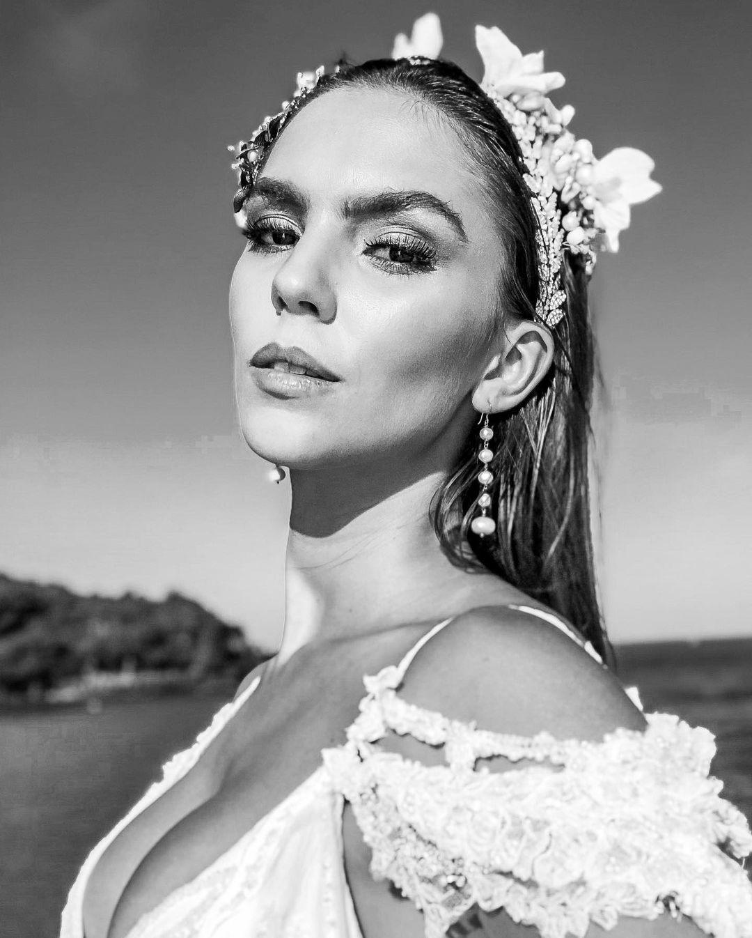 ana flavia giacomini, miss ilha dos lobos mundo 2019. - Página 2 Fvoltx10