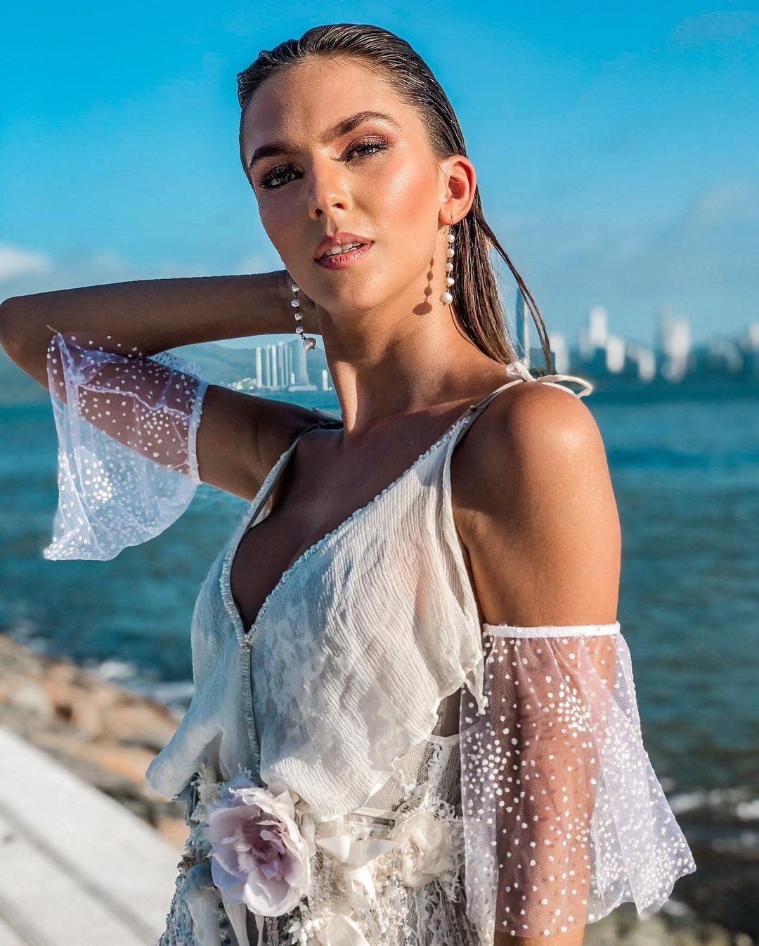 ana flavia giacomini, miss ilha dos lobos mundo 2019. - Página 2 Fvozqv10