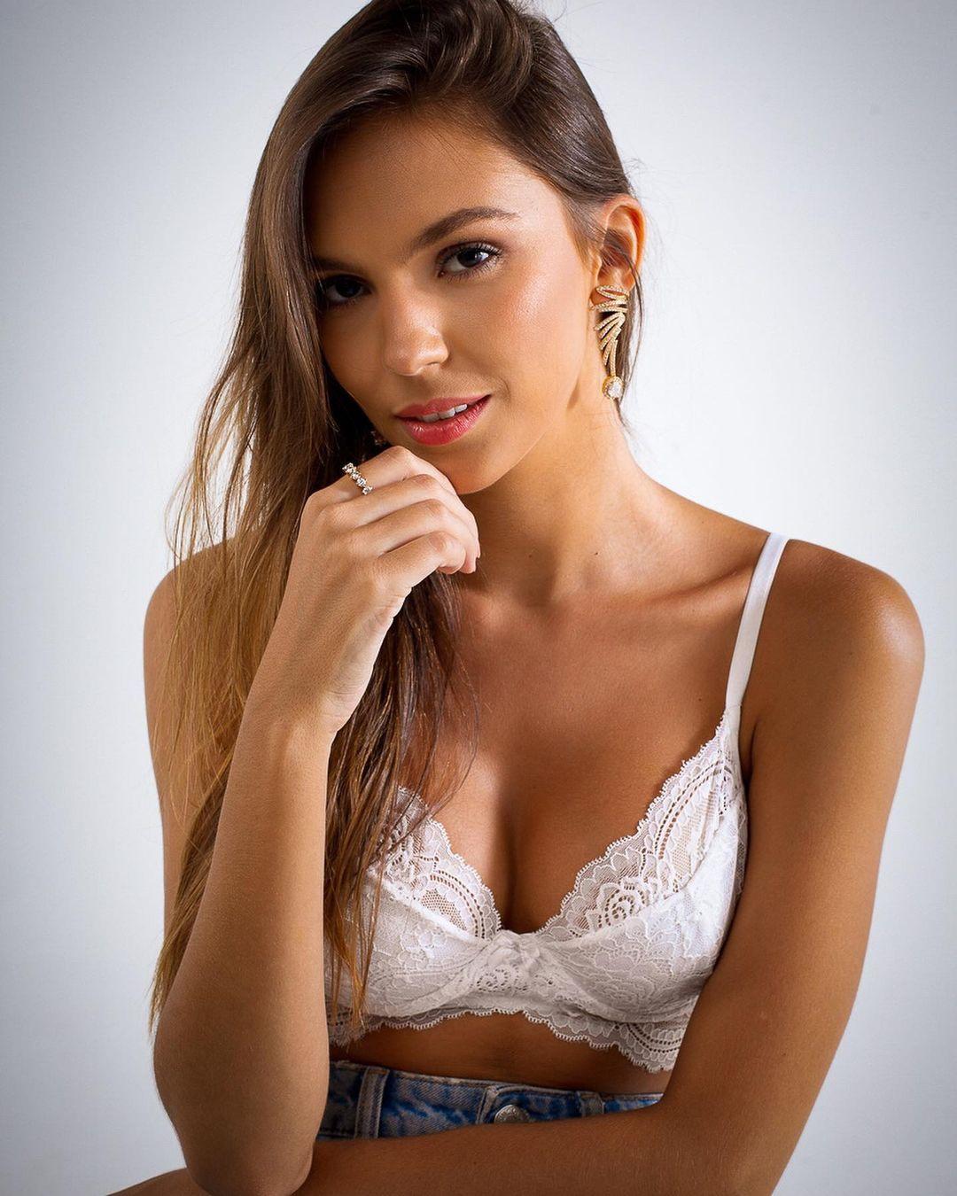 ana flavia giacomini, miss ilha dos lobos mundo 2019. - Página 5 Fwwt6g10