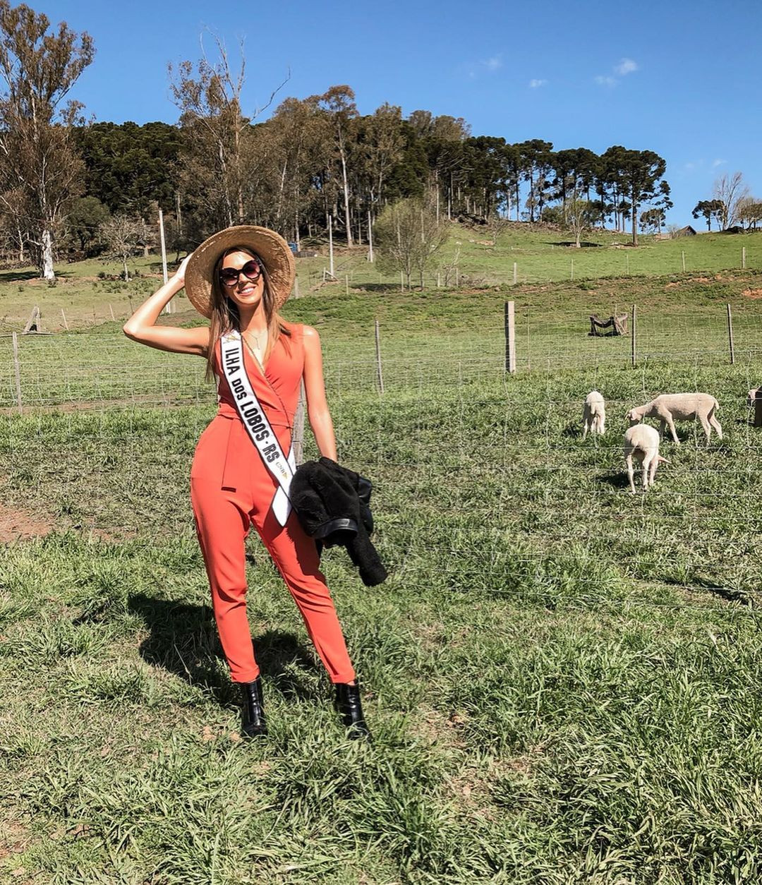 ana flavia giacomini, miss ilha dos lobos mundo 2019. - Página 7 Fwxwga10