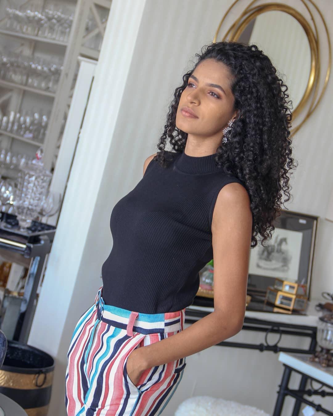 geicyelly mendes, top 20 de miss brasil mundo 2019. - Página 3 Fy08cu10