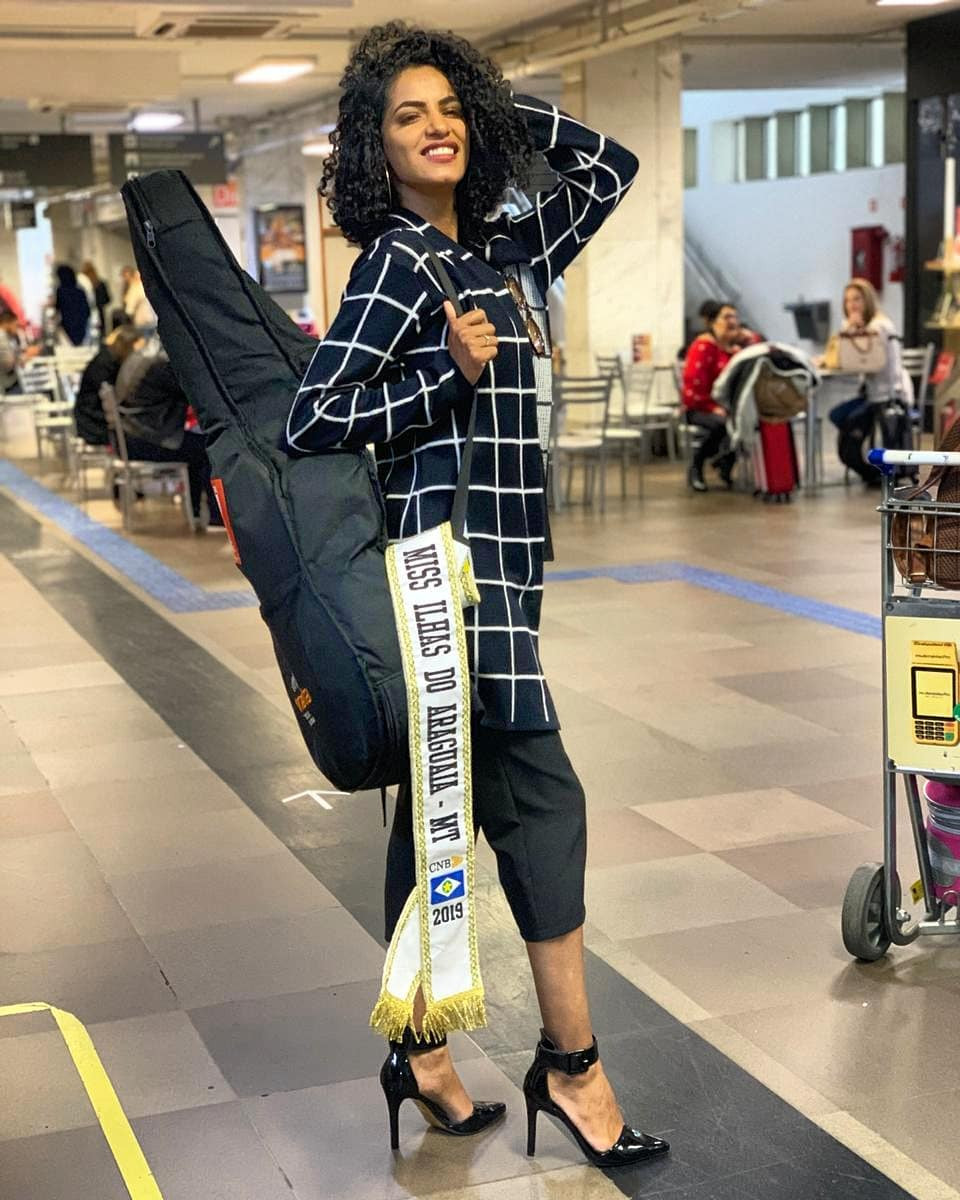 geicyelly mendes, top 20 de miss brasil mundo 2019. - Página 4 Fyeq1a10