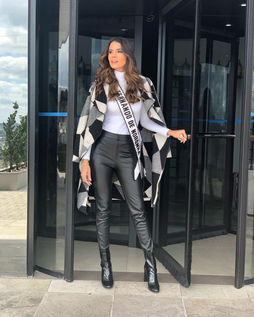 iully thaisa, top 5 de miss brasil mundo 2019. - Página 4 Fymahb10