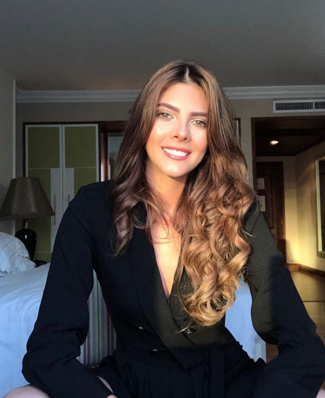 natalia manrique, miss grand colombia 2020. - Página 4 Fytz6710