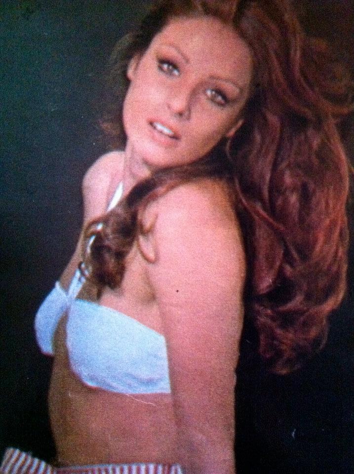 amparo munoz, miss universe 1974. † - Página 4 Fzbsxl10