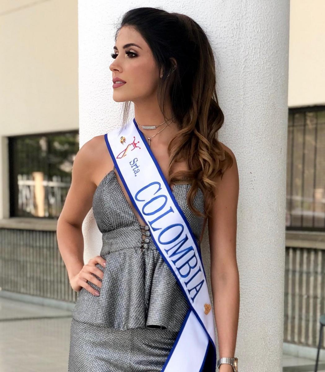 gabriela tafur, top 5 de miss universe 2019. - Página 4 Gabrie30