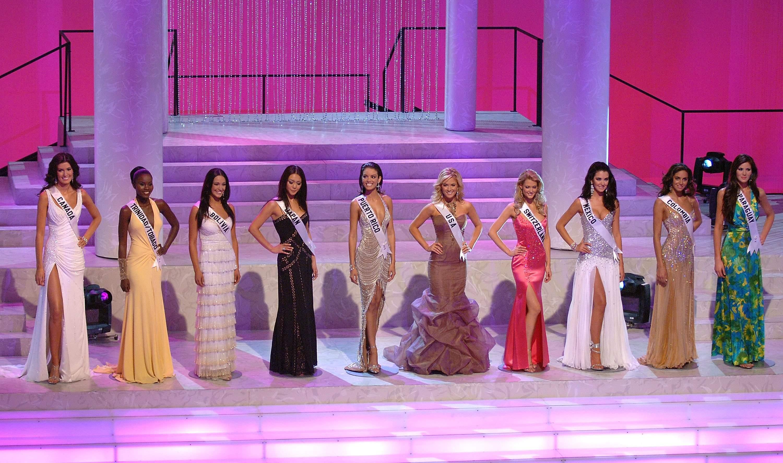 valerie dominguez, top 10 de miss universe 2006. - Página 3 Gettyi16