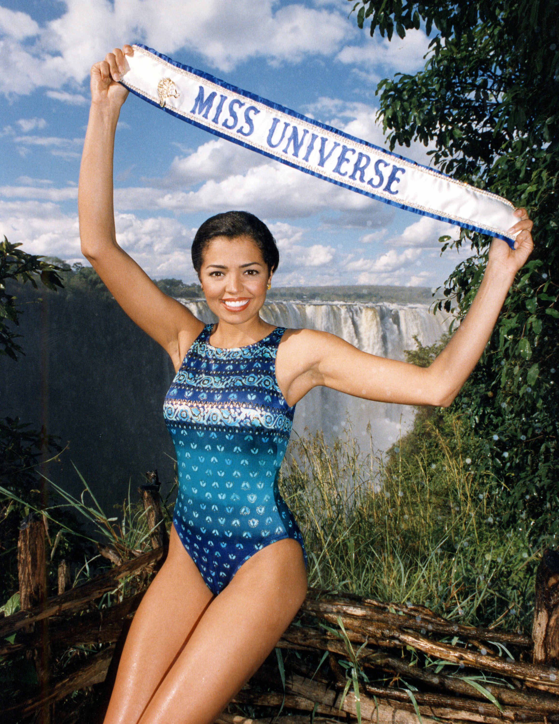 chelsi smith, miss universe 1995. † - Página 2 Image112
