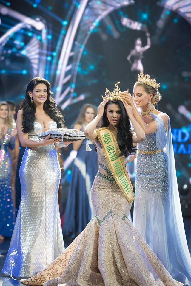 ariska putri, miss grand international 2016. Indone10