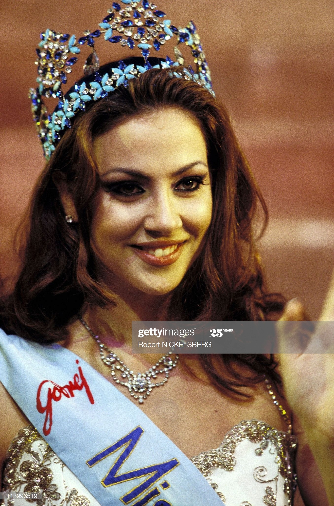 irene skliva, miss world 1996. Irene-11