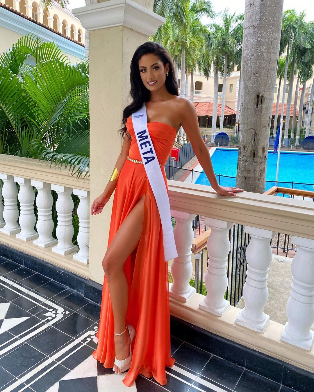 juliana franco, top 16 de miss colombia universo 2020/miss earth water 2017. - Página 21 Julifr21