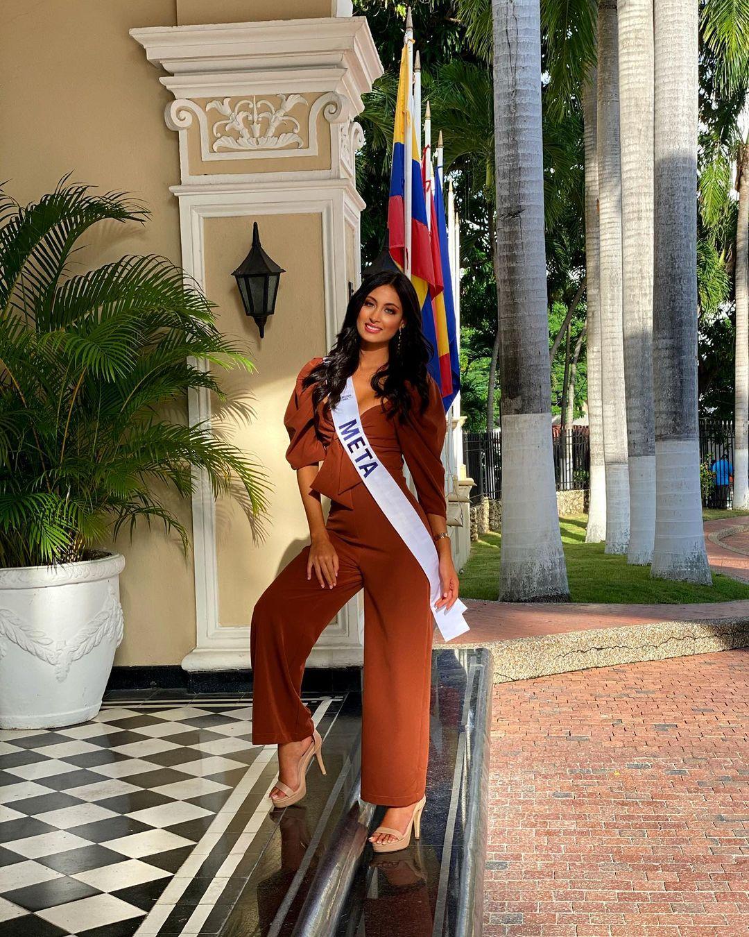juliana franco, top 16 de miss colombia universo 2020/miss earth water 2017. - Página 21 Julifr23