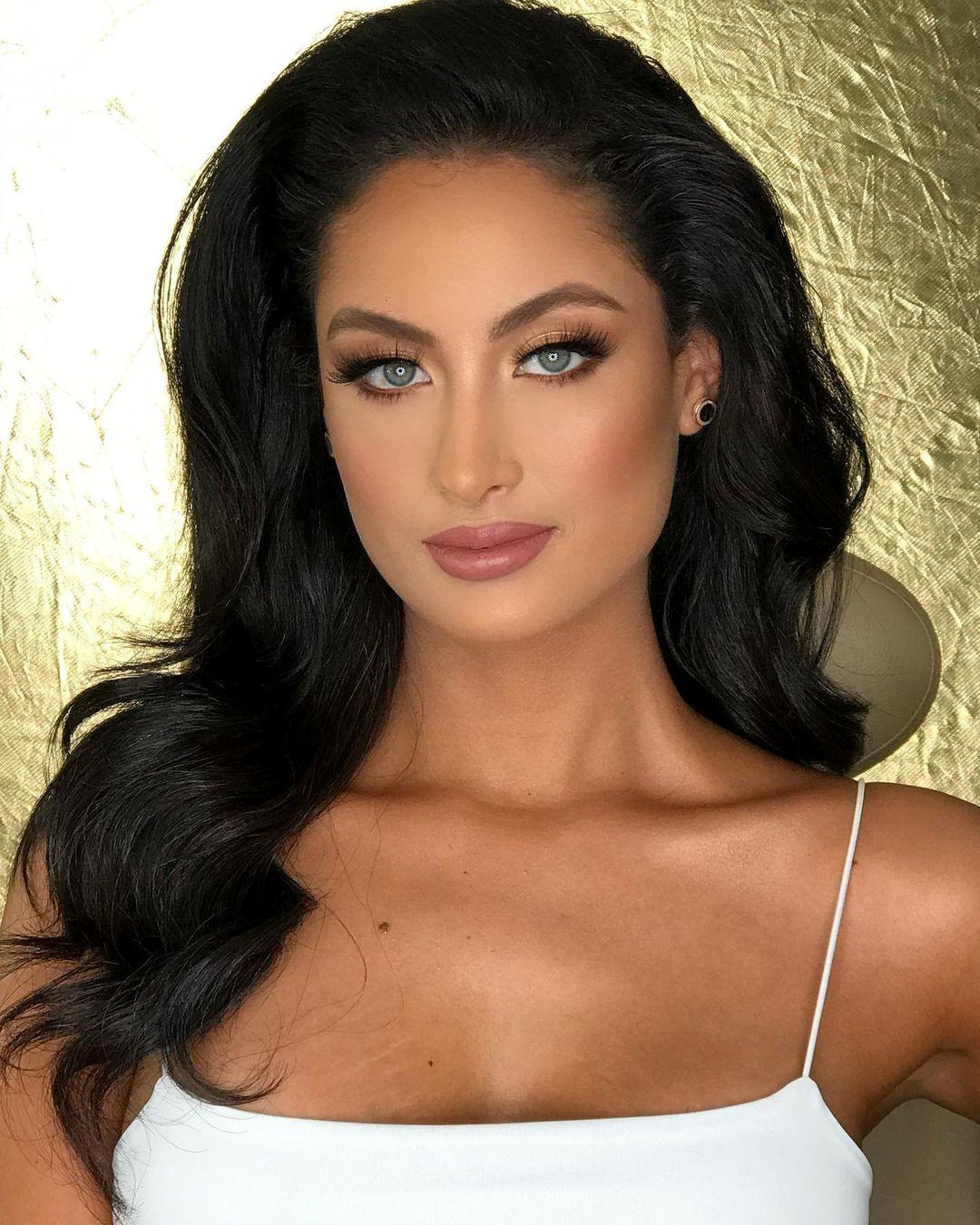 juliana franco, top 16 de miss colombia universo 2020/miss earth water 2017. - Página 22 Julifr29