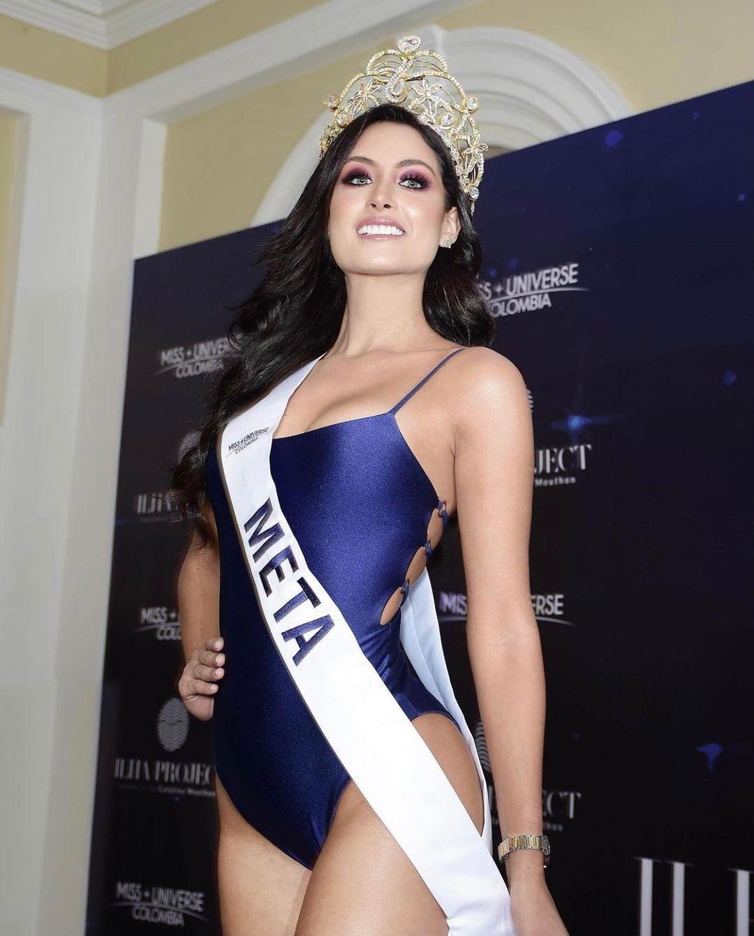 juliana franco, top 16 de miss colombia universo 2020/miss earth water 2017. - Página 22 Julifr30