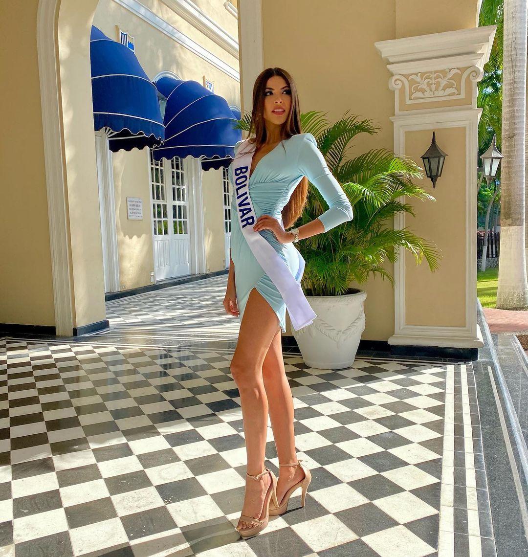 laura olascuaga, top 21 de miss universe 2020. - Página 2 Laurao31