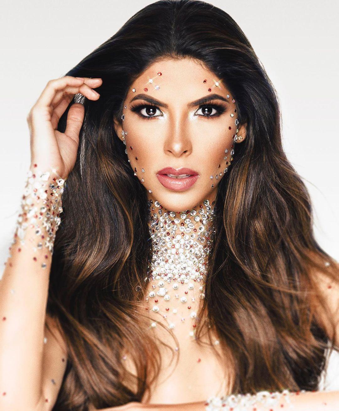 laura olascuaga, top 21 de miss universe 2020. - Página 3 Laurao36