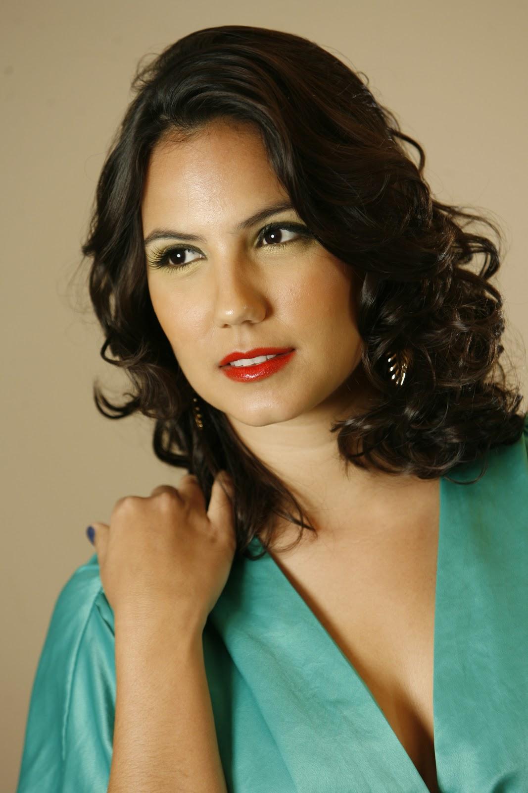 rayana carvalho, miss pernambuco 2006. - Página 56 Mdepoi10