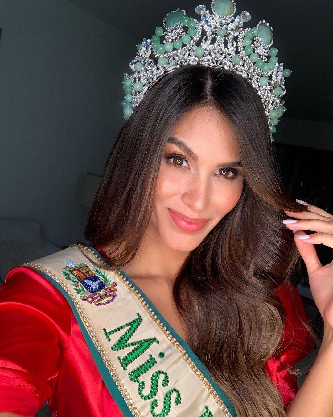 michell castellanos, miss earth venezuela 2019. - Página 10 Michel12